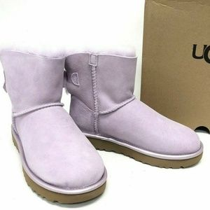 UUG Bailey Bow Boots Lavander NEW IN BOX